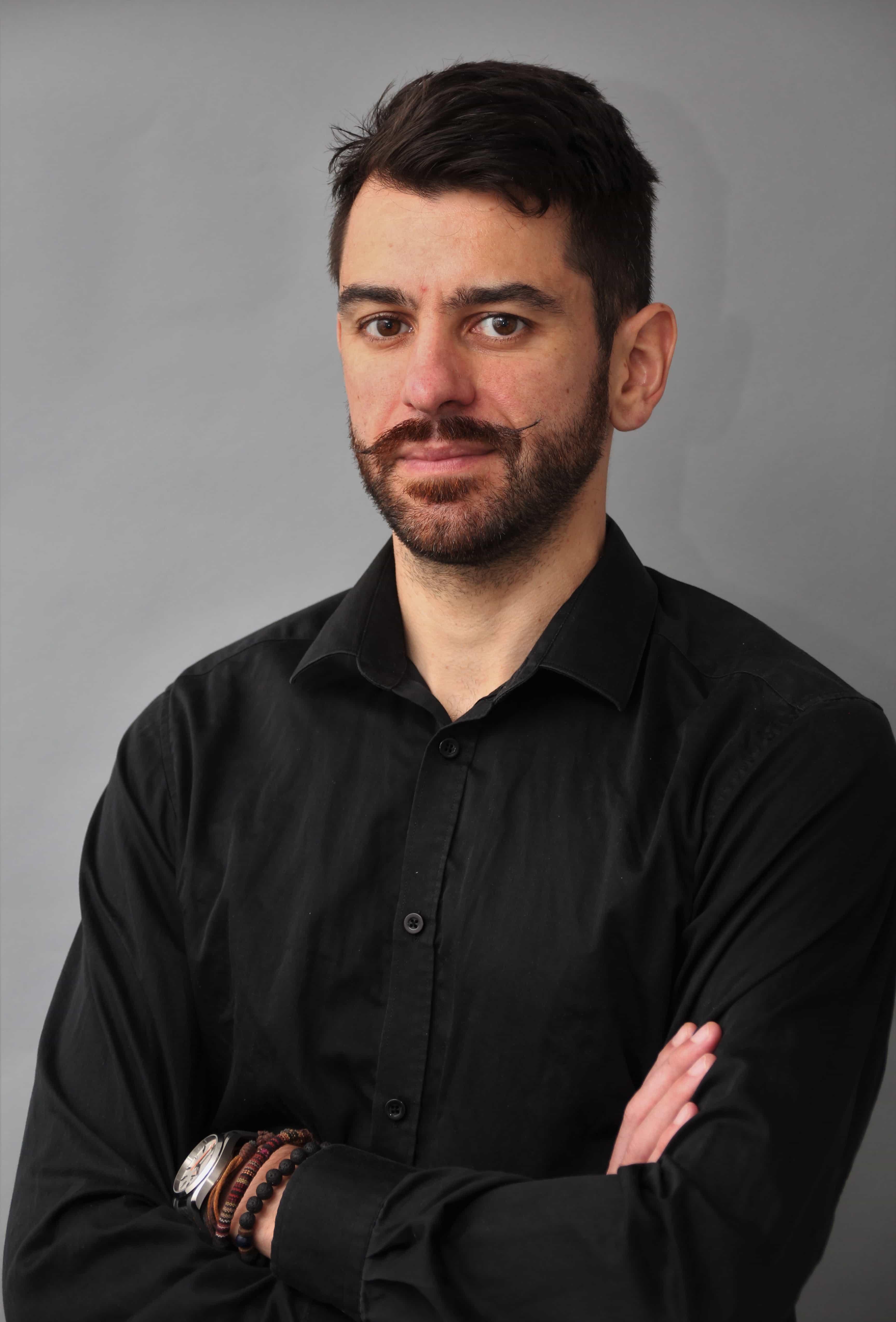 portrait photo de l'Ingénieur en Electronique Grégory Bayarri